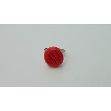 Bague rouge trous céramique créatrice vendée