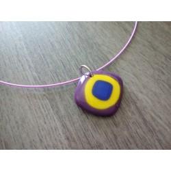 Pendentif en verre fusing violet, jaune et bleu création artisanale la Mothe Achard vendée