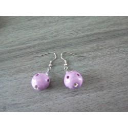 Boucles d'oreilles céramique rose à trou