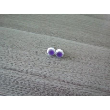 Boucles d'oreilles puce verre fusing blanc violet.