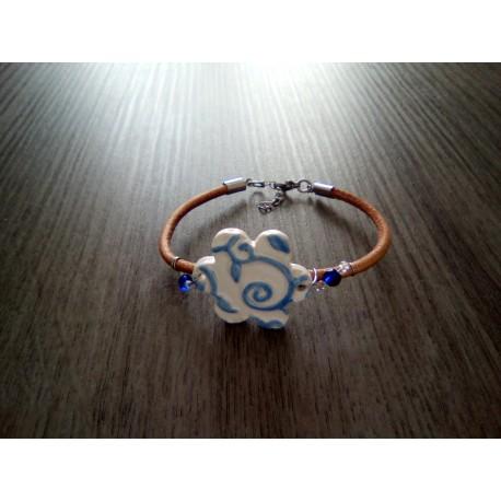 Bracelet bleu faïence artisanale sur cuir noir et acier inoxydable made in france vendée
