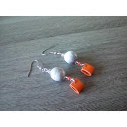 Boucles d'oreilles céramique grise et orange