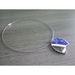 White blue ceramic earthenware necklace on stainless steel.