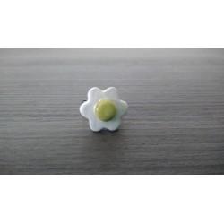 Bague fleur verte et blanche faïence