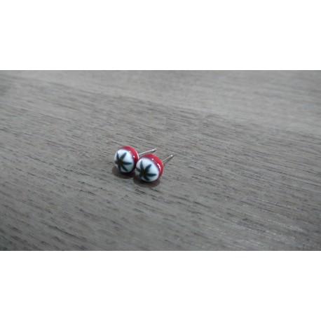 Boucles d'oreilles puce verre fusing milfiori rouge et blanc
