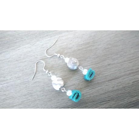 Boucles d'oreilles céramique blanc et cuir turquoise acier inoxydable faïence