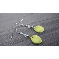 Boucles d'oreilles céramique verte forme feuille