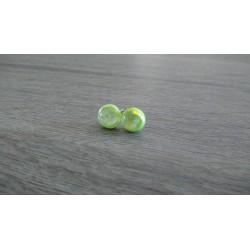 Boucles d'oreilles puce verre fusing dichroic vert anis