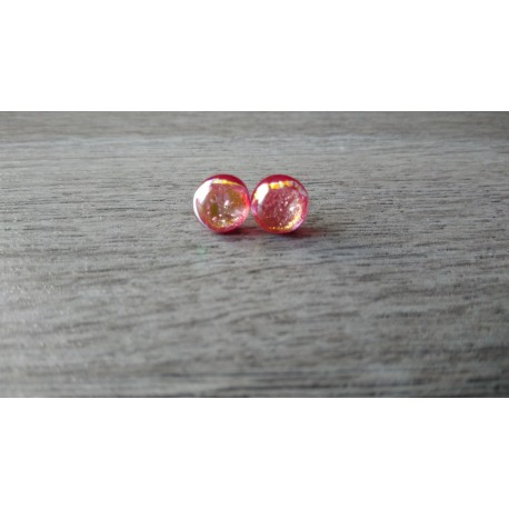 Boucles d'oreilles puce verre rouge en verre dichroic sur inox