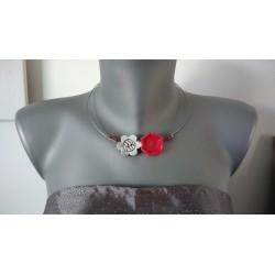 Collier fleur céramique rouge et blanc mariage soirée acier inoxydable