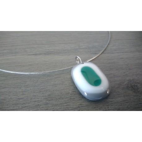 Pendentif en verre fusing gris blanc vert création artisanale la Mothe Achard vendée