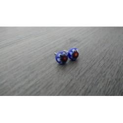 Boucles d'oreilles puce verre fusing millefiori bleu.