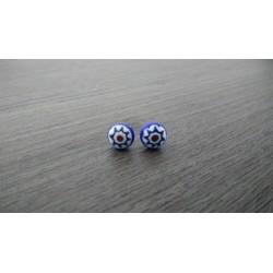 Boucles d'oreilles puce verre fusing millefiori bleu et blanc fleurs