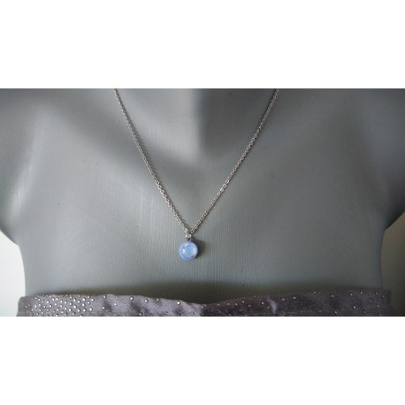 Pendentif bleu ciel effets en verre fusing dichroic création artisanale vendée
