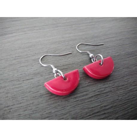 Boucles d'oreilles fantaisie céramique demi lune rouge