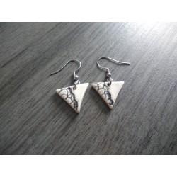 Boucles d'oreilles céramique ovale grise et blanche