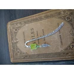 Marque-page vert en céramique et métal argenté