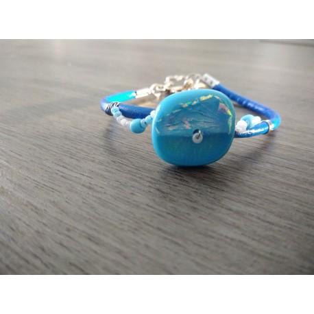 Bracelet bleu sur cuir, verre dichroïque artisanale sur cuir bleu et acier inoxydable made in france vendée