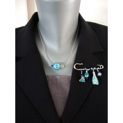 Broche bleu turquoise faïence et liberty sur acier inoxydable anallergique