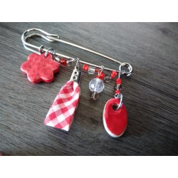 Red earthenware brooch and vichy ribbon on anallergic stainless steel