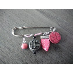 Black pink earthenware brooch and ribbon on anallergic stainless steel