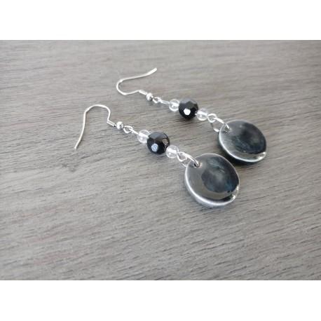 Fancy ceramic earrings round black earth